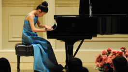 Ariel Wang performing in Carnegie Hall, New York at the Gala Concert of Protégé Competition winners